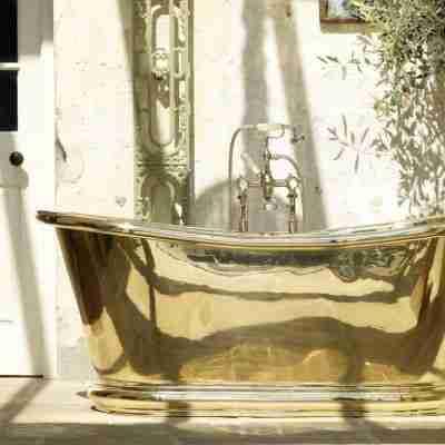 Brass Bulle Bath 9