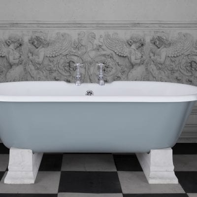 Camargue Cast Iron Bath 6