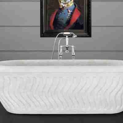 Tivoli White Marble Bath 13