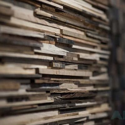 Natural Wood - Wood wall with a rustic look 4
